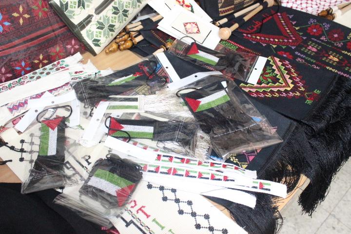 مشروع التطريز والأشغال اليدوية