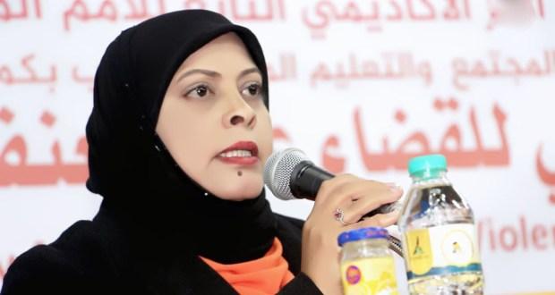 عضو مجلس الادارة في لجان المرأة الفلسطينية سميرة عبد العليم اعدت ورقة عمل تم اعتمادها كمرجع في جامعة كاليفورنيا.