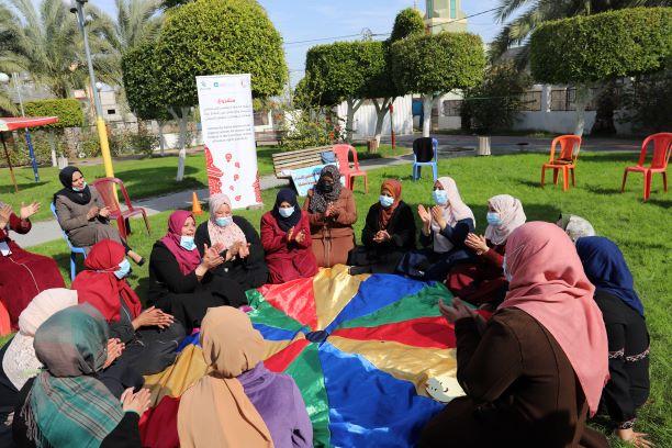 اختتام المجموعات الاولى للسيدات من جلسات الدعم النفسي والاجتماعي لمحافظة الوسطى.
